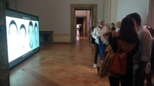 CUBO GALLERY AUDIOVISIVO PER MOSTRE DI RC SISTEMI AUDIOVISIVI PER MOSTRE E MUSEI