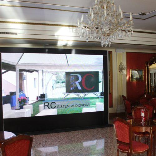 ledwall controller touch screen rc sistemi audiovisivi